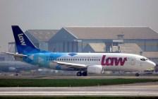 El tercero 737 de LAW se acerca a la cabecera 17L de Pudahuel (foto: Eduardo Cancino-Román).