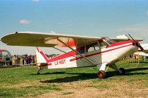 Piper PA-12 Super Cub LV-NST (photo: Carlos Ay).