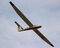 Aerobatics: Carlos Rocca half-way through his impeccable presentation on board CPV Pilatus B4 CC-K14W (photo: Carlos Ay).