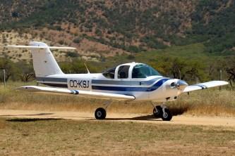 Tomahawk: Santiago Air Club PA-38 CC-KSJ modelling new livery (photo: Carlos Ay).