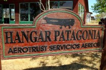 Hand carved sign reveals the intimate relationship between Aerotrust and the Patagonian region (photo: Carlos Ay).