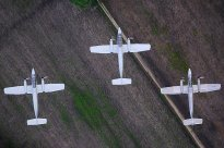 Three Air Force IA-58 Pucará bombers at exercise Ícaro / Fénix in April (photo: Tomás Charrás).