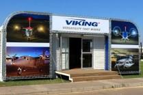 Although showing no demonstration aircraft, Canada's Viking Aircraft rented this highly-visible shack (photo: Carlos Ay).