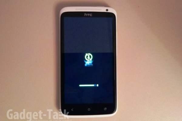 HTC One X Alb