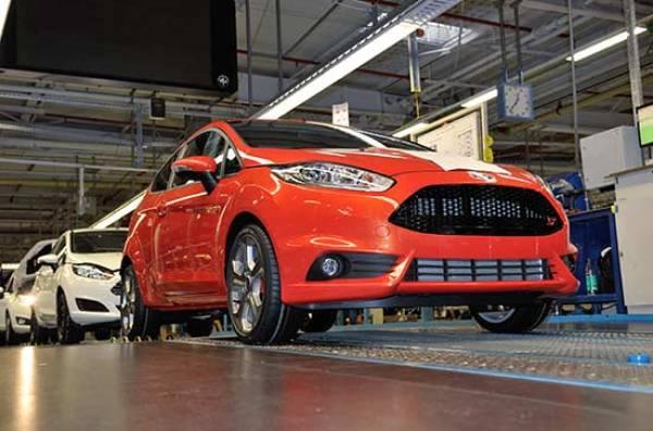 Ford_Fiesta_ST_linia_de_asamblare
