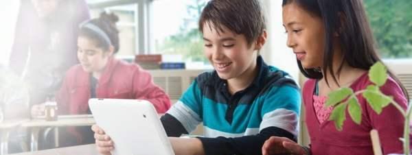 tablete-scoala-intel