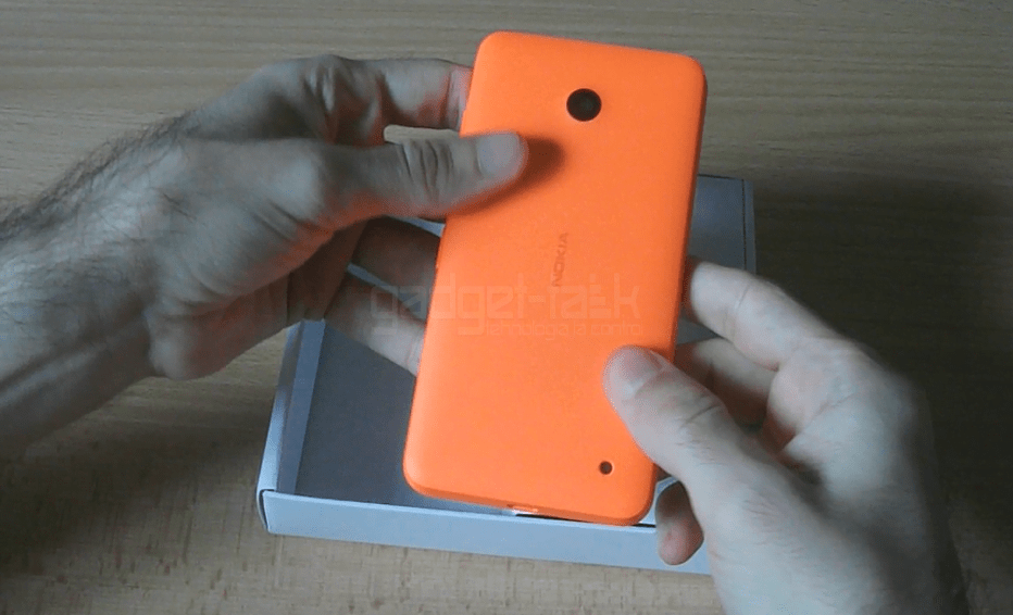 despachetare lumia 630