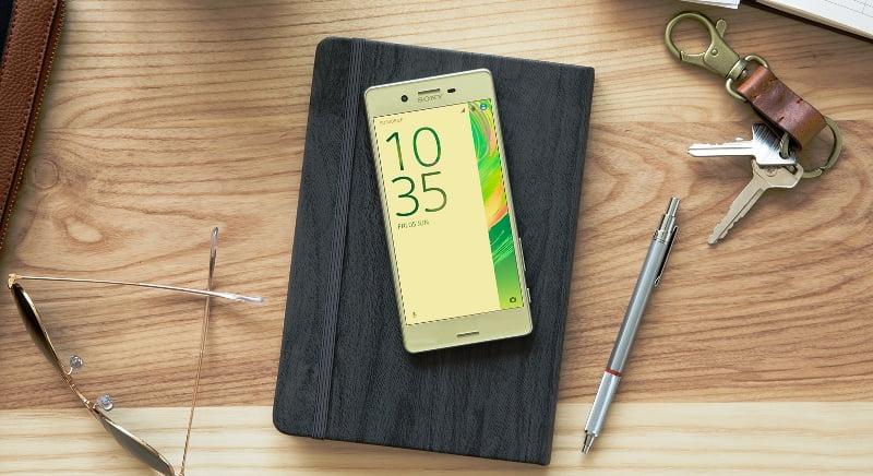Sony anunta seria de telefoane Xperia X