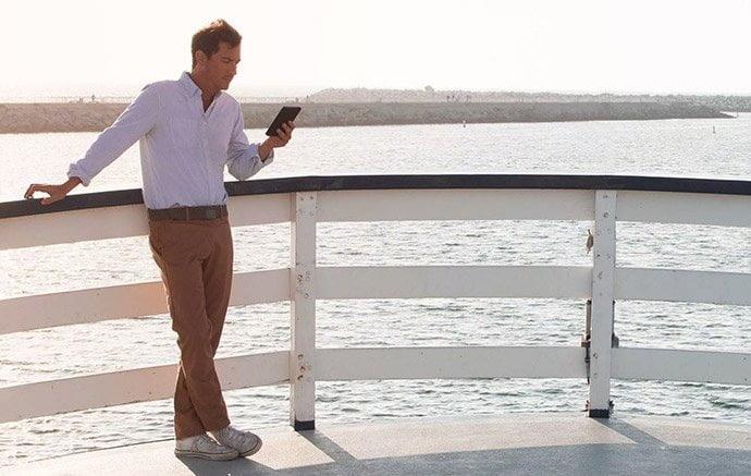 Pretul ebook readerului Kindle Oasis