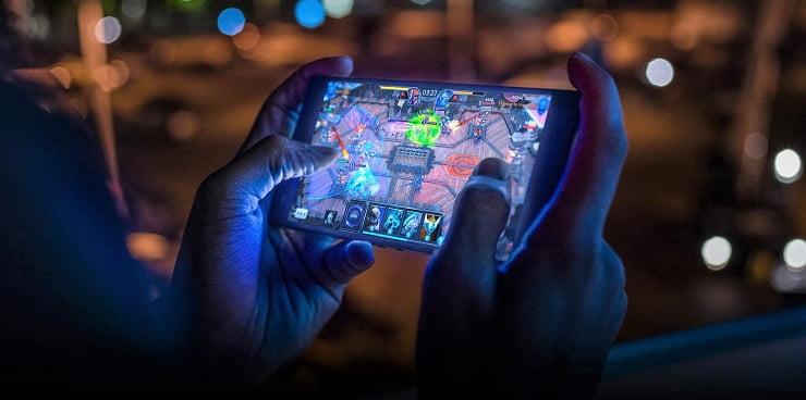 Razer Phone 2 disponibil la Orange