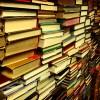 未だに紙の本を読んでる奴って何なの?もうすでに苦行の域を遥かに通り越してるだろ、何かの贖罪なの?