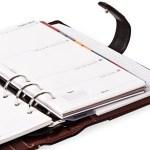 スマホ普及も手帳人気健在、サッと記入できる手軽で見直しの動き