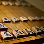20年前の子供「将棋!スクラップ作り!切手集め!」今の子供「スマホ!GAME!ネット!」