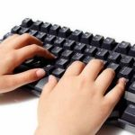 パソコンのキーボードを見ないと打てない奴wwwwwwwwwwwwwwwwwwwww