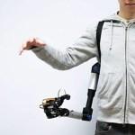 東大・慶應大の研究チームが人間を4本腕にするロボットアームを開発してしまう