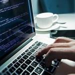 独学でプログラマーになれる?