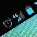 【悲報】ワイ、スマホの7GB制限が少なすぎて泣きまくる!