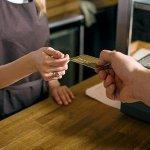 【朗報】クレジットカードを手に入れたワイ、便利さに驚く