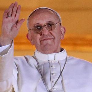 pope-francis-balcony