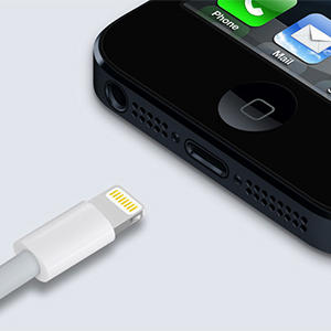 apple-forced-change-lightning-connect-iphone