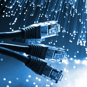 3221_Computer-cables-internet-optical-fiber