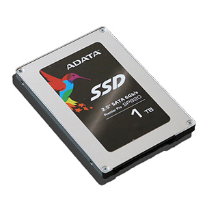ADATA-SP920-Premier-Pro-1TB-SSD-Angled-2のコピー