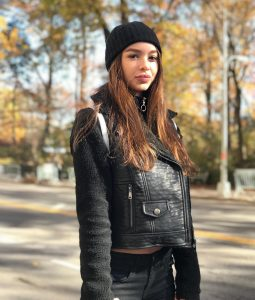 Sophie Mudd Height And Body Measurements