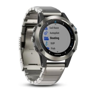 Grmin Quatix 5 Sapphire smartwatch for swimming