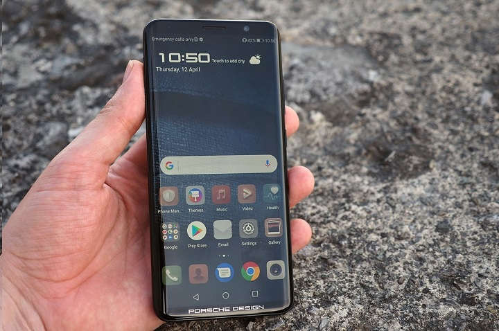 Huawei Mate RS Porsche Design smartphone hands on review