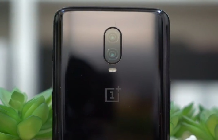 OnePlus 6T hands on review, back design and camera
