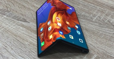Huawei Mate X foldable phone review