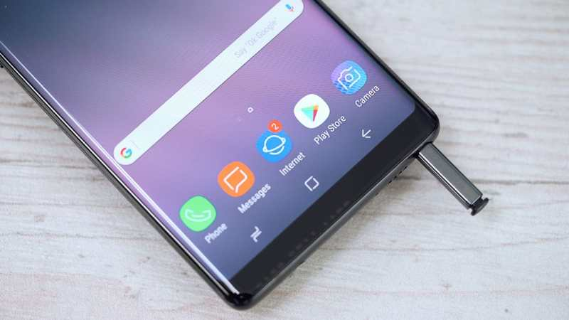 Samsung Galaxy Note 8 with the stylus