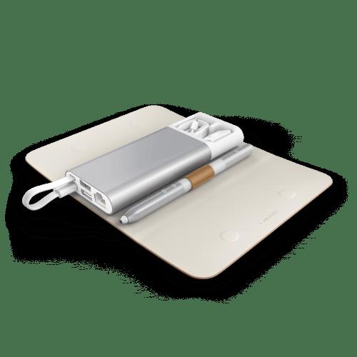 matebook_charging-dock-case-open-brown2
