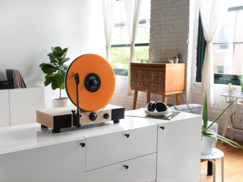 Gramovox Vertical Vinyl