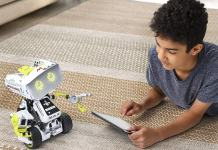 Meccano Erector MAX Interactive AI Smartbot