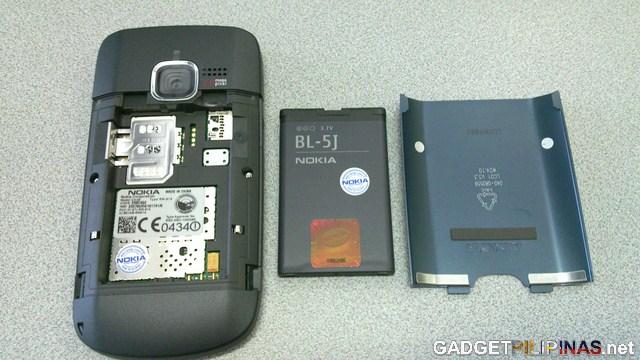 Nokia C3 Unboxing 6