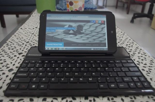 lenovo-keyboard-and-hp-stream-7