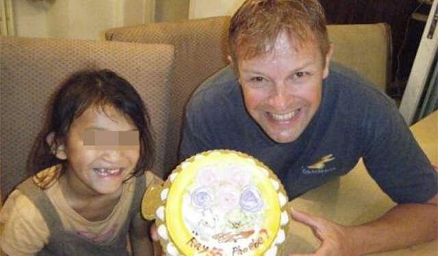 Pai adotivo deixa filha de 8 anos em estado crítico depois de estupra-la