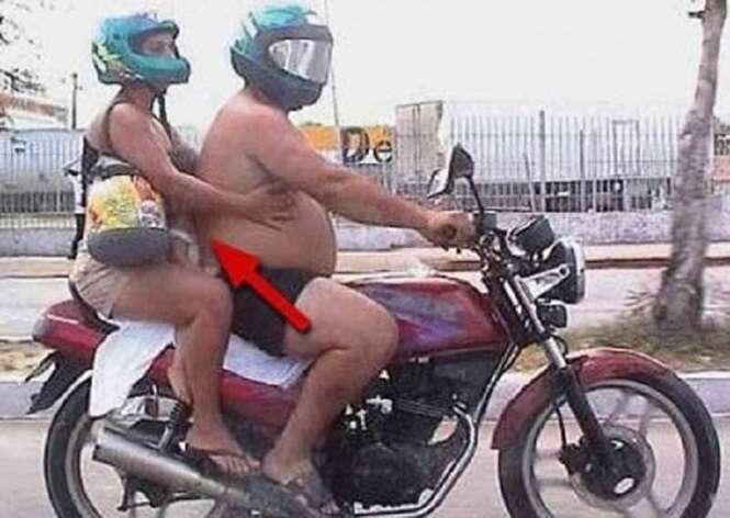 Cenas bizarras envolvendo motos