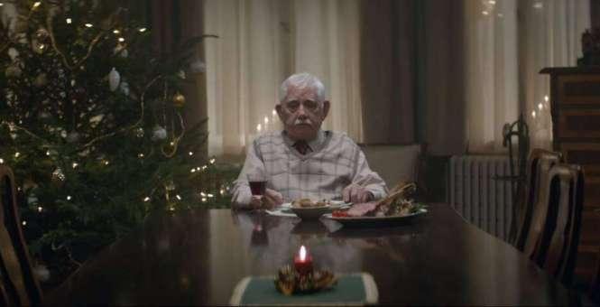Comercial de Natal de rede de supermercados emociona o mundo