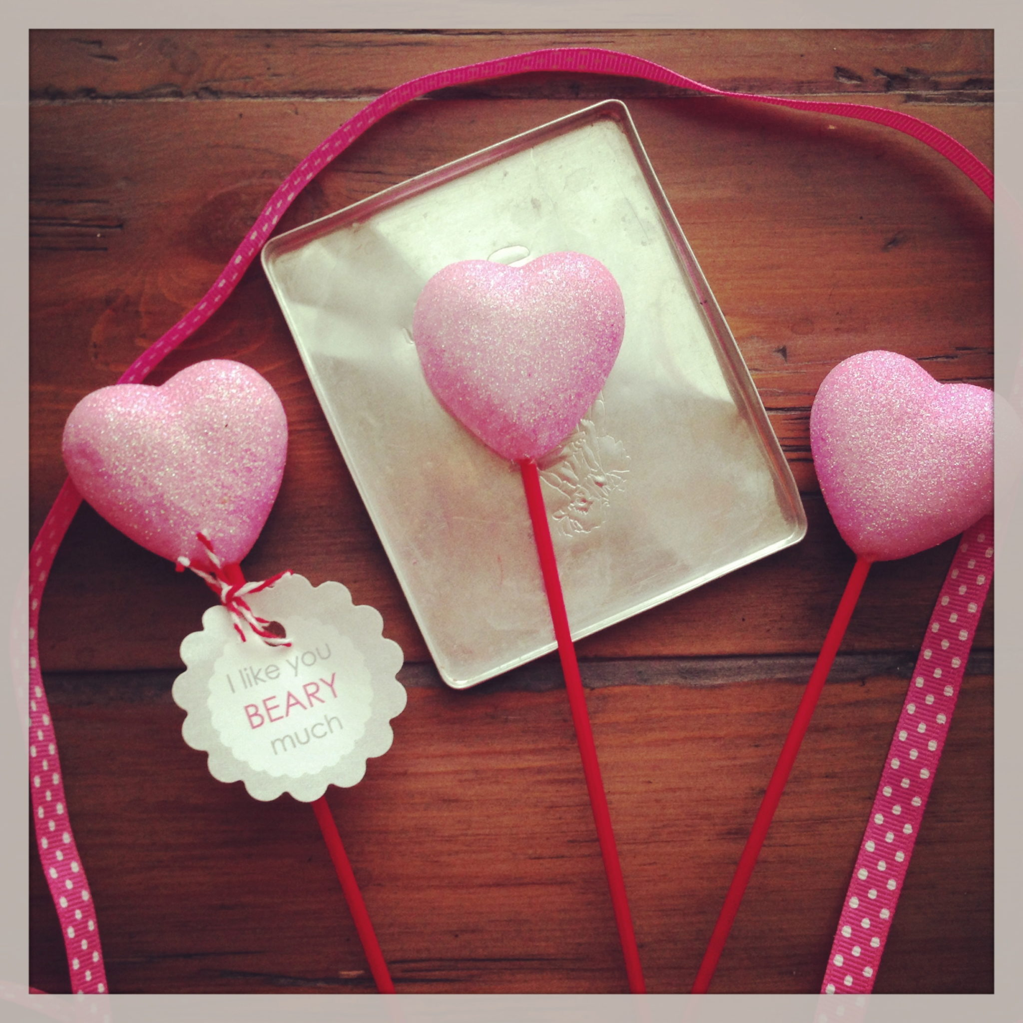 Valentines day craft using chalkboard paint paper jeuxipadfo Image collections