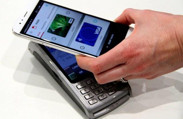 Vodafone-Paypal.MWC
