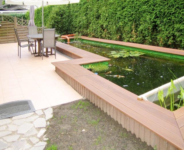 Teich Auf Terrasse kleingarten anlegen teich treppe