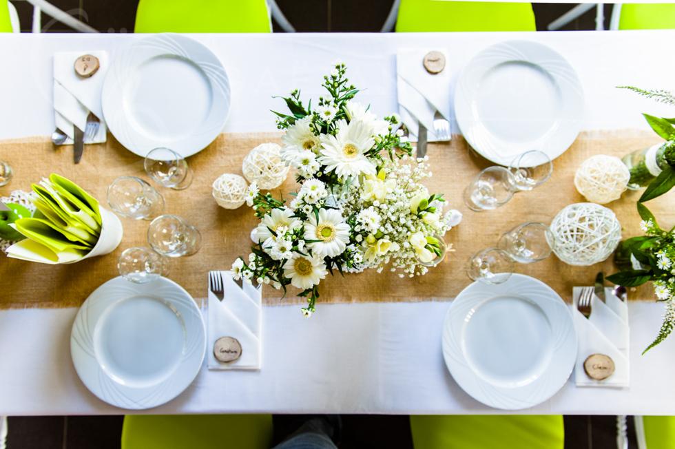 Photo de la décoration de la table des mariés