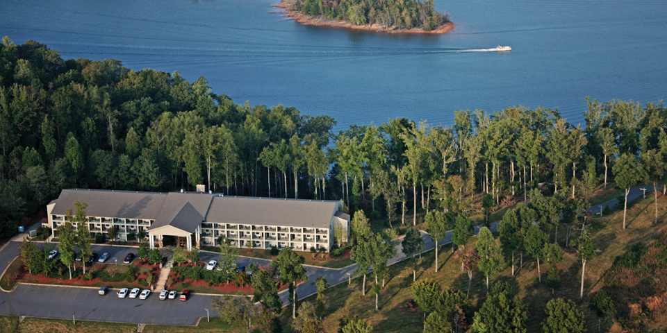 Lake chatuge lodge aerial
