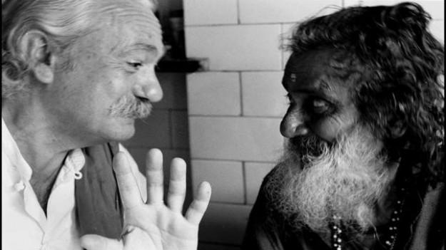 terzani-con-guru-indiano