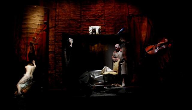 Masque Teatro, The Decision