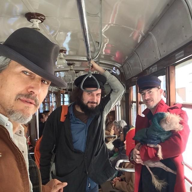 Howe Gelb, Vinicio Capossela e il mago Christopher Wonder