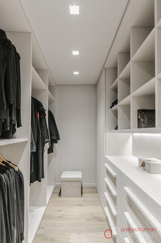 Cabina armadio bianca immagini