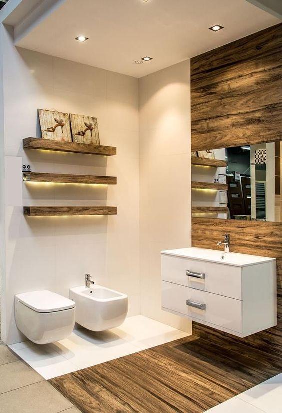Arredare un bagno piccolo con il legno